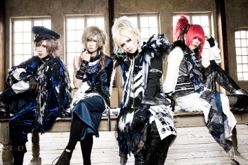 Royz 『WORLD IS MINE』